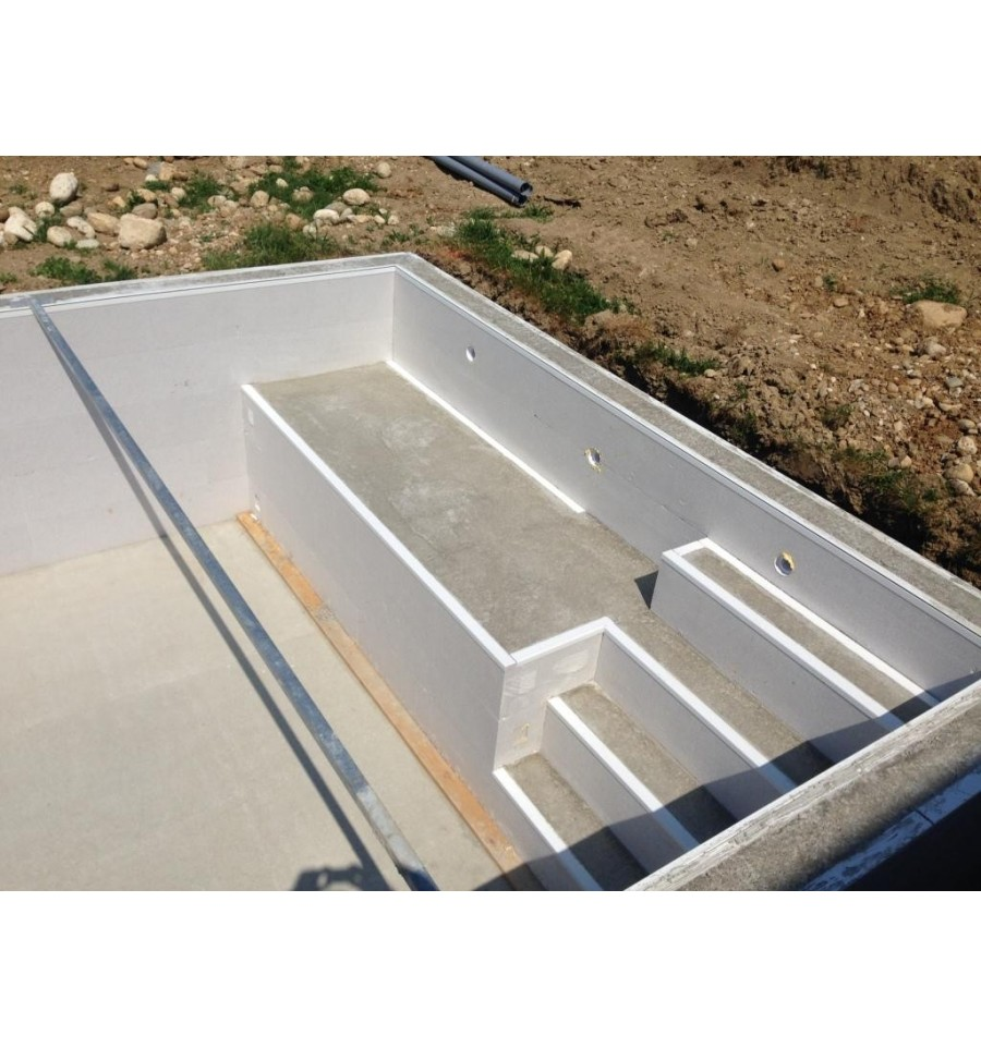 Piscine en kit semi enterr e beton for Kit piscine semi enterree
